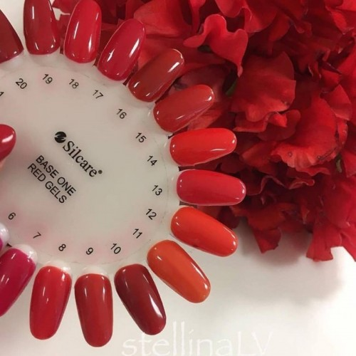 Gel Black Diamond 08 Chamber of Stars Silcare Base One  SILCARE